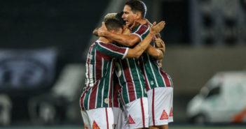 Fluminense vence Botafogo em clássico