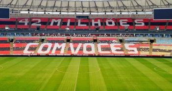 Mosaico Torcida do Flamengo 42 Milhões com vocês