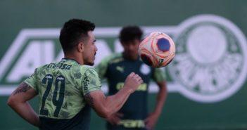 Palmeiras busca ritmo para jogo contra Água Santa
