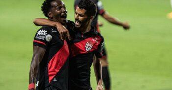 Atlético-GO vence Fla e impõe 2ª derrota a Domenec