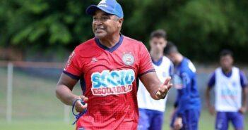 Bahia estreia no Campeonato Brasileiro recebendo o Coritiba