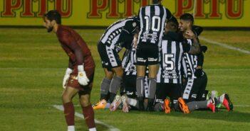 Botafogo vence Paraná e se classifica para a quarta fase da Copa do Brasil