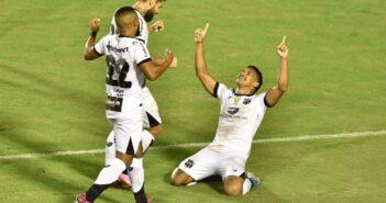 Ceará vence Vitória em jogo de sete gols e três expulsões e avança na Copa do Brasil