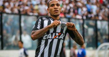 Corinthians inicia conversas com Atlético-MG por empréstimo de Otero