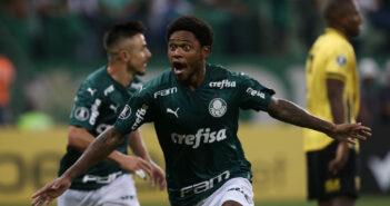 Grêmio tenta contratação de Luiz Adriano, mas Palmeiras dificulta
