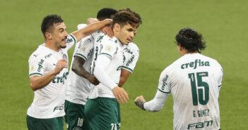 Palmeiras vence Athletico-PR e desencanta no Campeonato BrasileiroPalmeiras vence Athletico-PR e desencanta no Campeonato Brasileiro