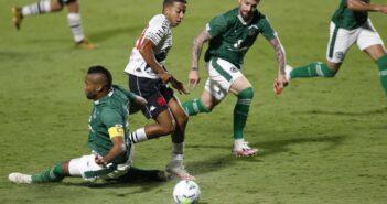 Vinícius testa positivo para a Covid-19 e desfalca Vasco no clássico com o Fluminense