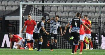 Com Everton e Pedrinho titulares, Benfica perde para o PAOK e cai na Liga dos Campeões