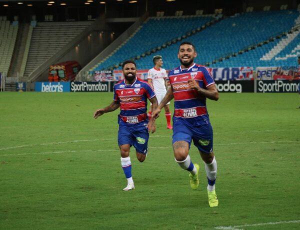 Com golaço de Felipe, Fortaleza vence o líder Internacional no Castelão