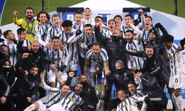 Juventus vence Napoli e conquista título da Supercopa da Itália, primeiro com Pirlo