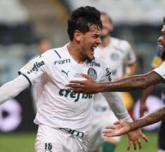 Palmeiras vence Grêmio com um a menos e larga na frente pela Copa do Brasil