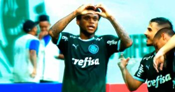 Luiz Adriano, atacante - Imagem: Divulgação